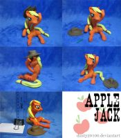 Mighty respectable Applejack by dustysculptures