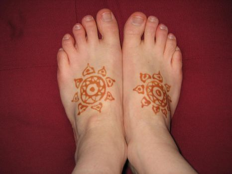 Two Feet of Henna by KiusLady