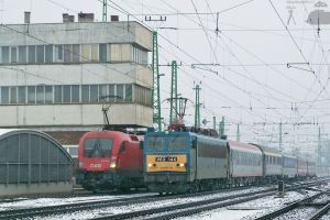 Dacia EN with V63 144 in Gyor on 2010 by morpheus880223