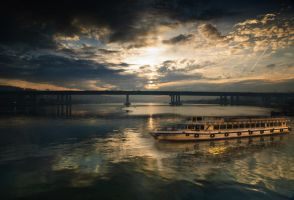 the golden horn morning by globalunion