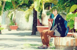Free! - Waiting for someone. by S-Ronnie