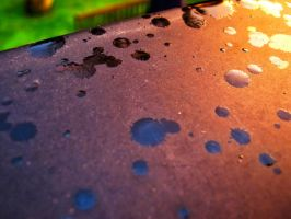 colourful raindrops by NicoW92
