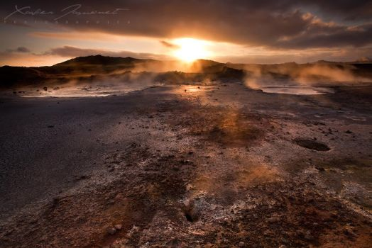 Sulfur World by XavierJamonet