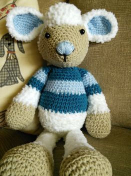 Lollo the lamb by Choccylover