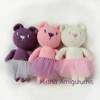 amigurumi bear with tutu by MirthaAmigurumis