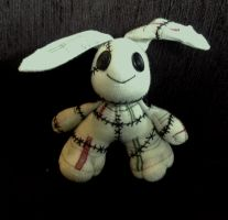 Raggedy bunny by kat250