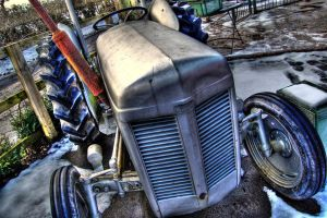 Tractor HDR by nat1874