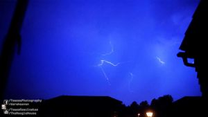 2013.07.23 Thamesmead Thunder Storm by atmp