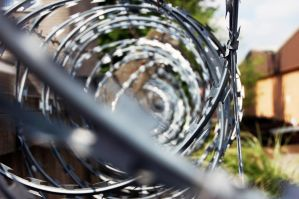 Razor Wire by roberrt