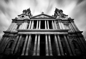 St Pauls Cathedral by kharashov