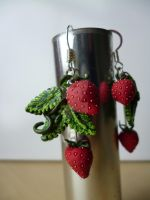 Strawberry Plant Earrings by dfritillary