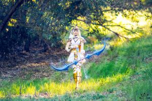 Freljord Ashe Cosplay - Frost Archer by ZerinaX