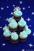 Frosty cupcakes by RhapsodyArt