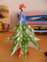 Origami Christmas Tree by darknolotil