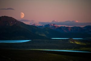 MOON OVER VEIDIVOTN by icelander66