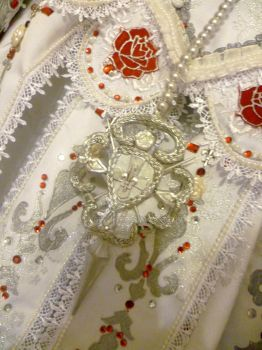 Making of Queen Esther (Trinity Blood), rosary. by JadeForce