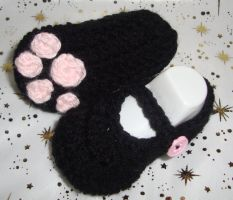 Kitty Print Booties by Crochet-by-Clarissa