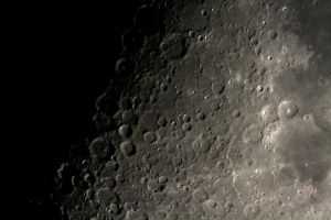 Moon 10-04-2011 by RayM0506