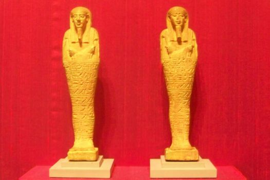 Egyptian Statues by Elephant654321