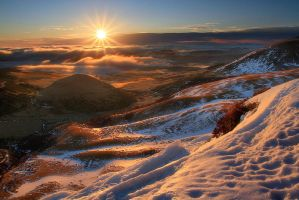 Golden Waves by FlorentCourty