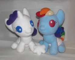 Baby Rarity And Rainbow Dash by Gypmina