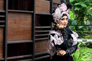 Nivy-beautiful-hijab by blackguard-saracen