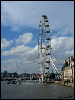 London Eye by DarcRose22