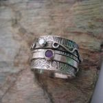 Stoned Twiddle Ring by kimistry3