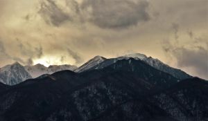 Sunset in a snow mountain of Japanese Central Alps by TFuruhashii