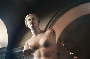 Venus de Milo by Kagedfish