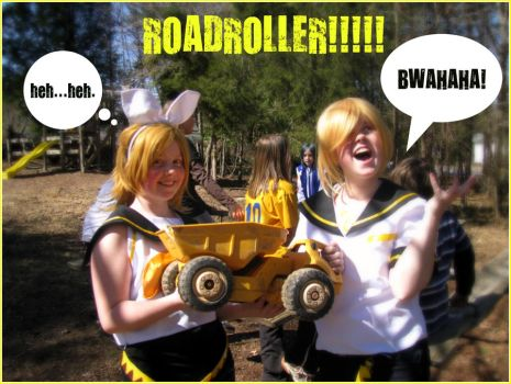 ROADROLLER-Rin and Len by HanonxHosho