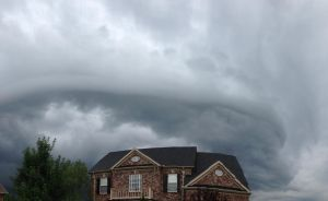 Wall Cloud Circling My House by superSeether