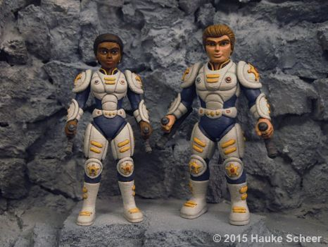 3D printed male and female future police no gear by hauke3000