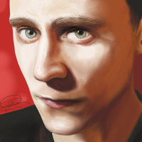 Tom Hiddleston by dancinghamtoro
