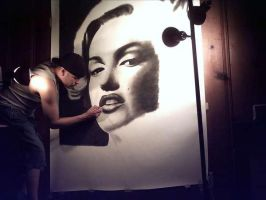 Drawing a large Marilyn Monroe by AnthonyRojas