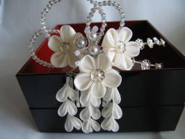 Custom bridal kanzashi by Sarcasm-hime