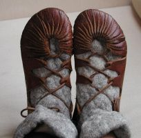 Viking shoes by huldremor by Shadow-of-Yggdrasil