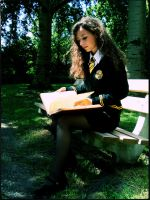 Hufflepuff Student learning by Vanne