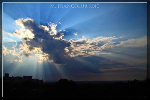 Crepuscular Rays by sicmentale