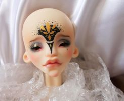 My Nyx with a beautiful make-up of Xhanthi :) by Misterminoudolls