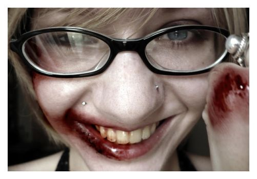Never Hit a Girl With Glasses by eraweb