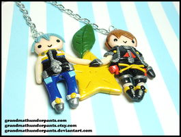 Riku/Sora Paopu Necklace by GrandmaThunderpants