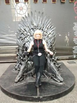 Mello in the iron throne by Hyuugalover88