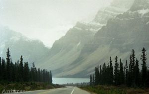 Bow Lake Alberta (Icefields Parkway) by Antares2