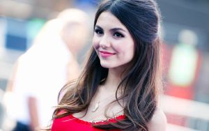 Victoria Justice in Red by vesperTiLo