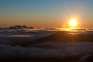 Sunrise Above the Clouds by dkuart