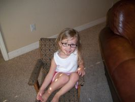 Isabella and her new glasses 2 by Alianna013