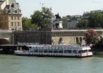 Vedettes du Pont Neuf beside the Pont Neuf by EUtouring