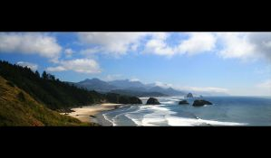 Cannon Beach by JoeJanet