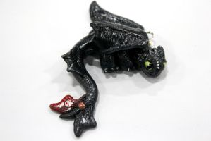 Toothless Pendant by omfgitsbutter